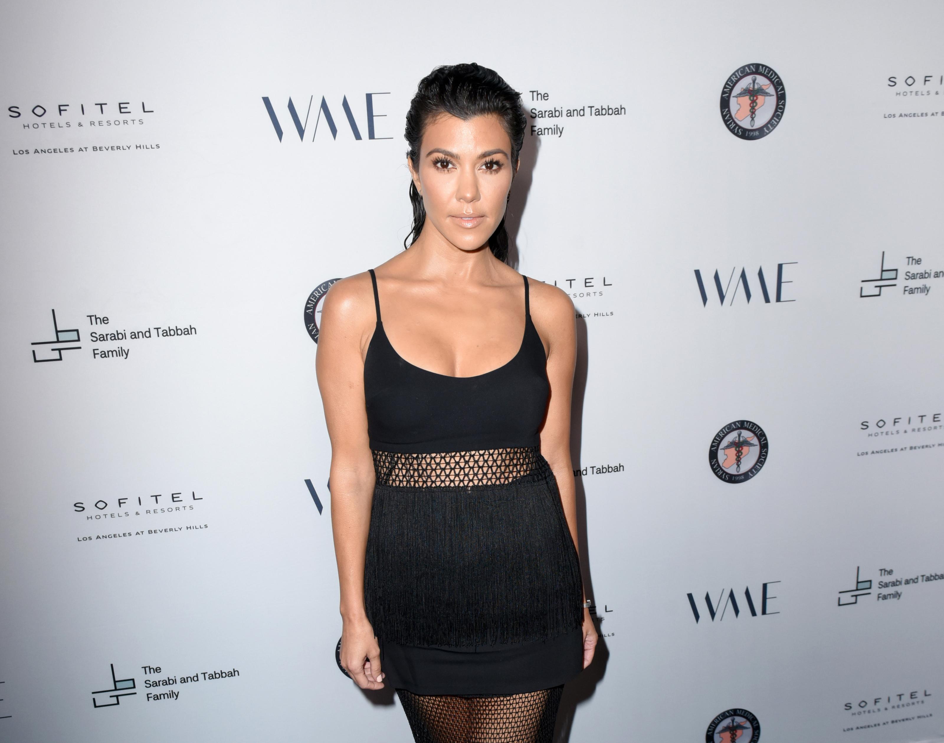 Kourtney Kardashian Shows Off House Gives Glimpse Of Messy Bedroom